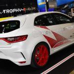 ニュルFF車最速の「メガーヌR.S. トロフィーR」登場【東京オートサロン2020】 - RenaultTrophyR_05