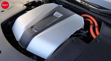 レクサスLS500hのエンジン