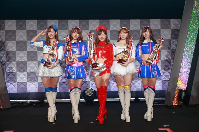 日本レースクイーン大賞受賞者5名
