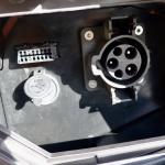レバー1本でアクセル&回生ブレーキを操作可能なADIVA VX-1は新感覚の電動スクーターだ! - ADIVA_Testride06