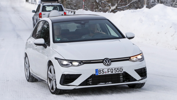 VW ゴルフR_002