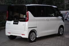 三菱自動車 eKスペース eKクロス スペース