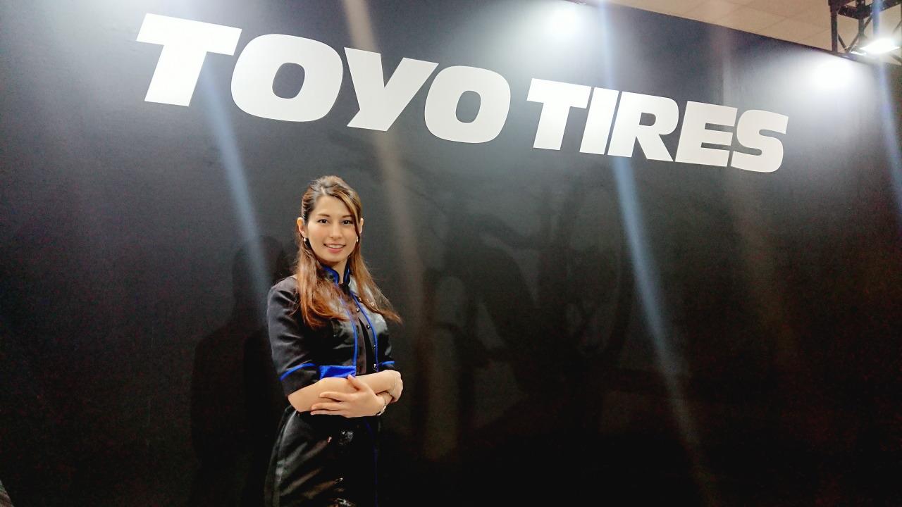「TOYO TIRESでは美人三姉妹モデルと2人の受付嬢がお出迎え!【大阪オートメッセ 2020】」の36枚目の画像