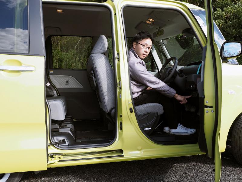 タント運転席