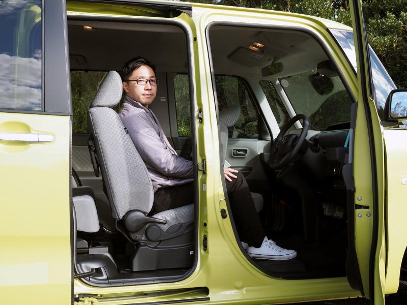 タント運転席3