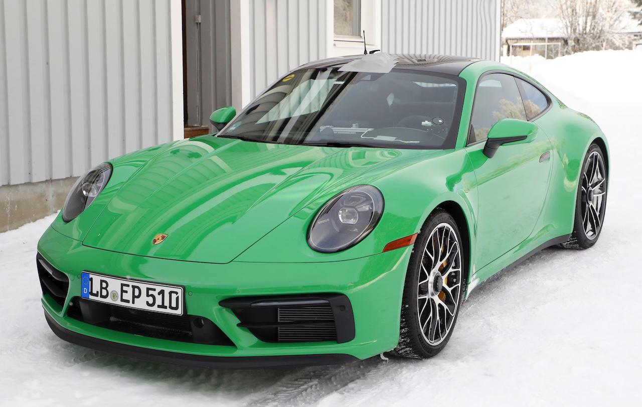 ポルシェ 911 GTS_001