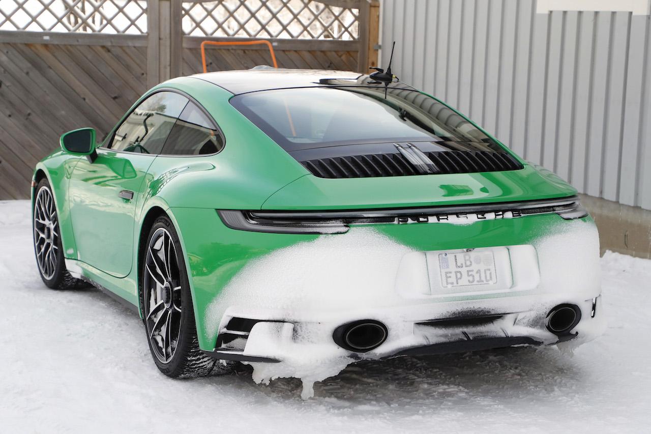 ポルシェ 911 GTS_010