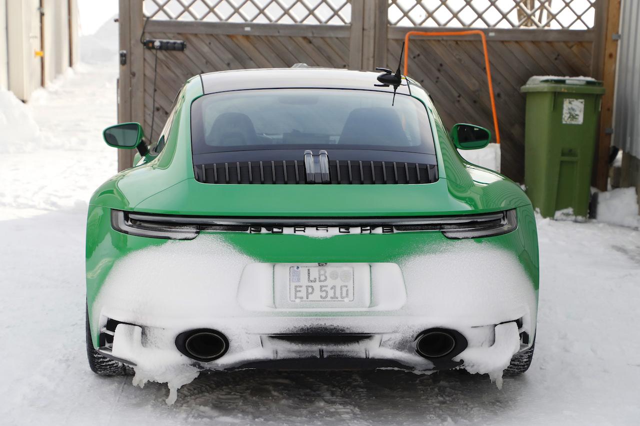 ポルシェ 911 GTS_011
