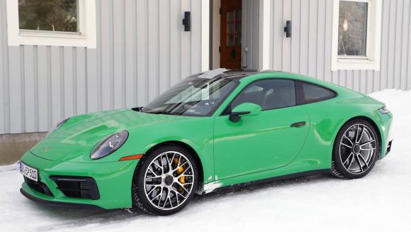 ポルシェ 911 GTS_003