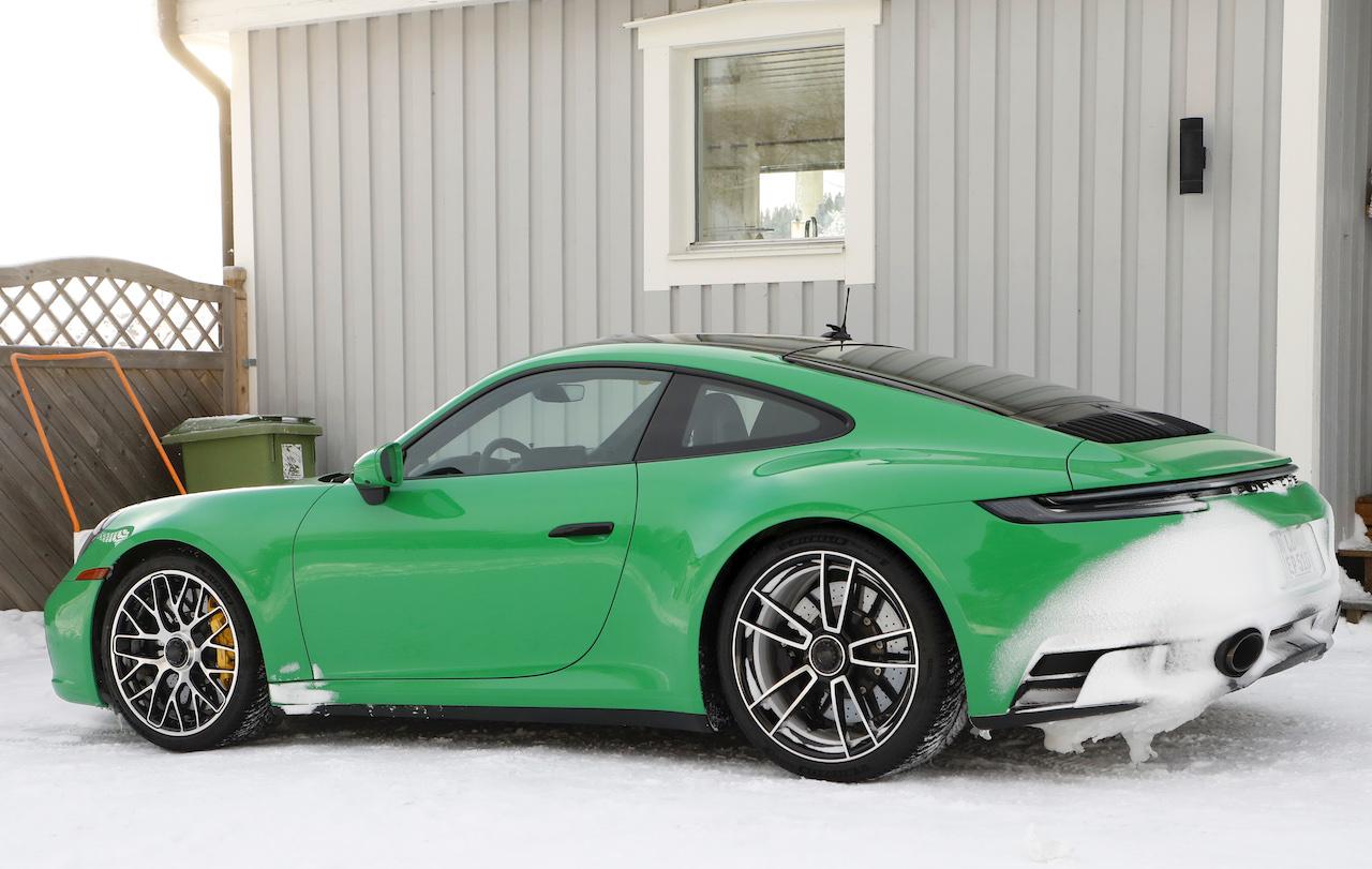 ポルシェ 911 GTS_006