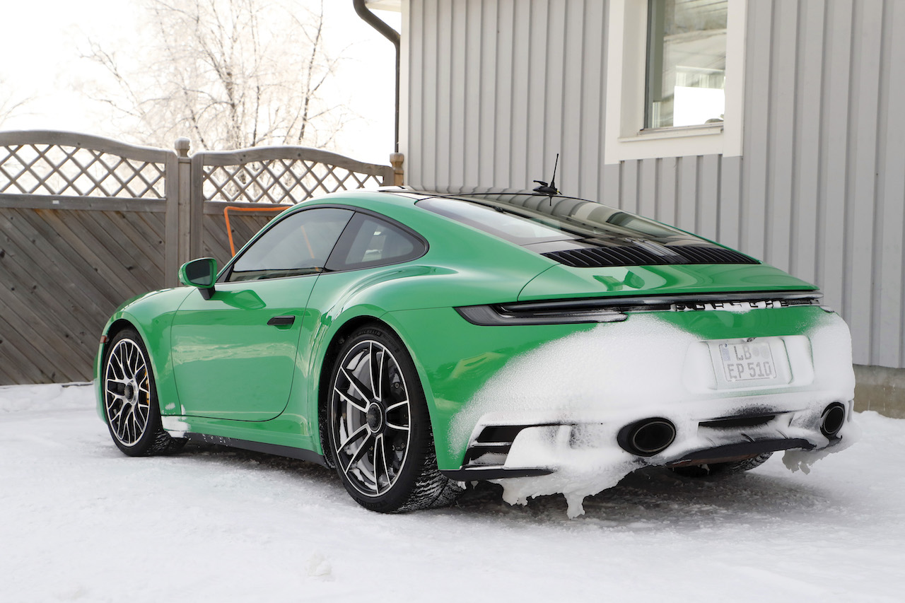 ポルシェ 911 GTS_008