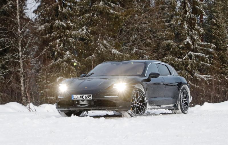 Porsche Taycan Sport Turismo_001