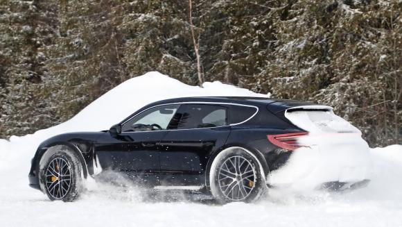 Porsche Taycan Sport Turismo_007