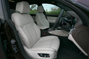 BMW6シリーズの内装05