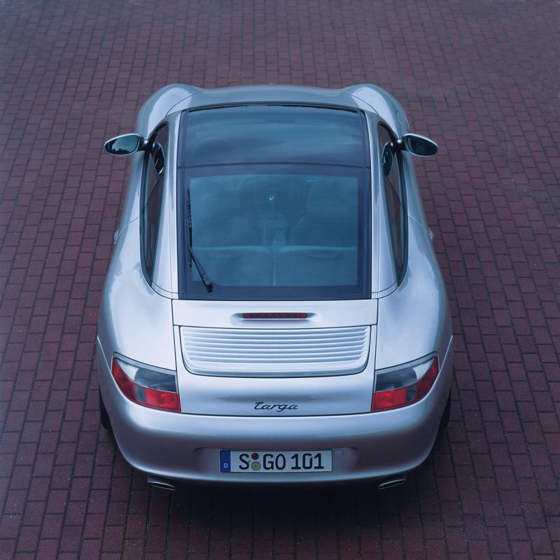 996型911の外観05