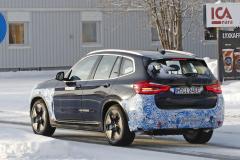 BMW iX3_005