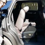 高級なナッパレザーシートに待望の電動ウォークイン機構を搭載【最新マツダ・ CX-8 特別仕様車】 - CX-8_SPL (3)
