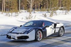 フェラーリ 新型モデル_004
