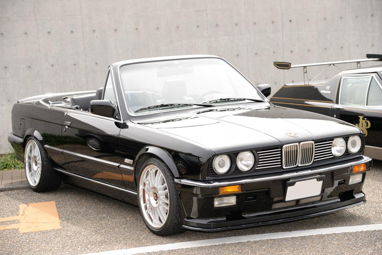 BMW320カブリオレ。