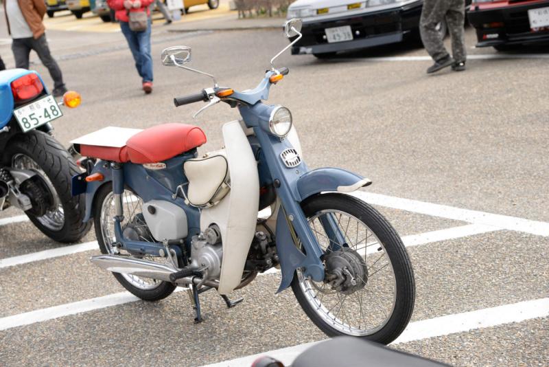 ホンダ・スーパーカブC102。