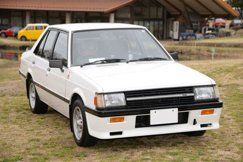 三菱ランサーEX1800ターボ。