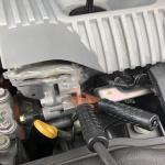 大容量バッテリー搭載のハイブリッド車でもバッテリーは上がる! 上がったときはどうする? - engine-mount