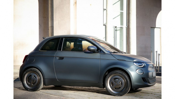 New_FIAT500_Electric