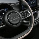 「フィアット500がフルモデルチェンジを発表! レベル2自動運転の電気自動車になった」の15枚目の画像ギャラリーへのリンク