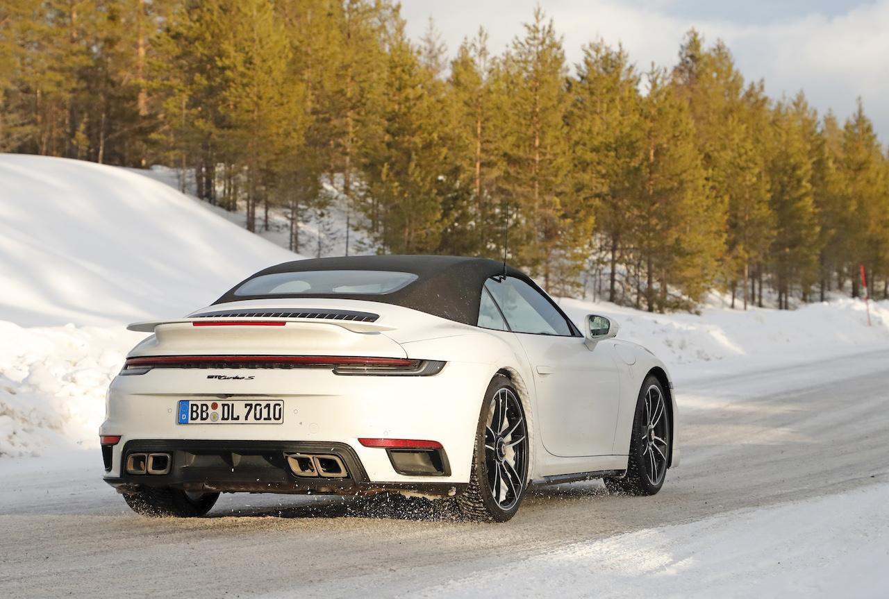 ポルシェ 911 ターボS_007