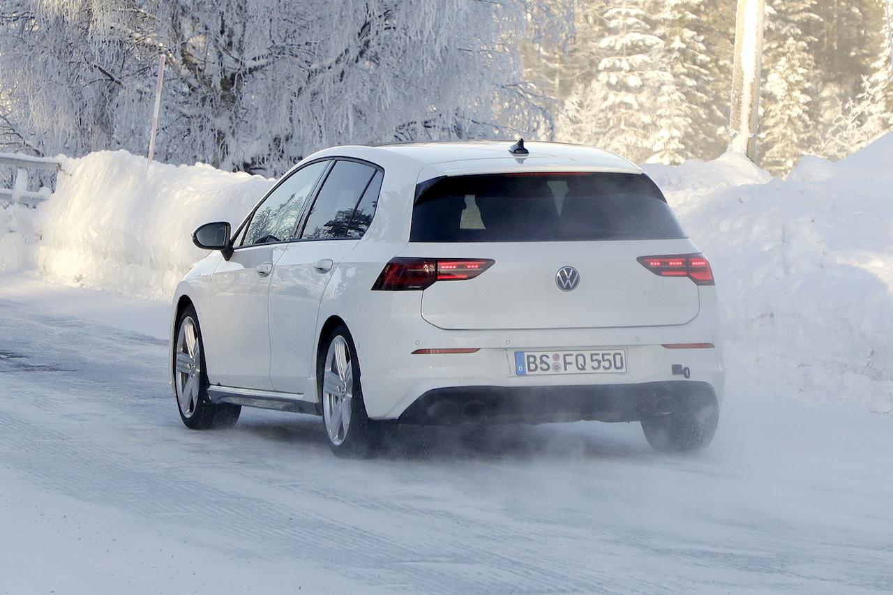 VW ゴルフR_010