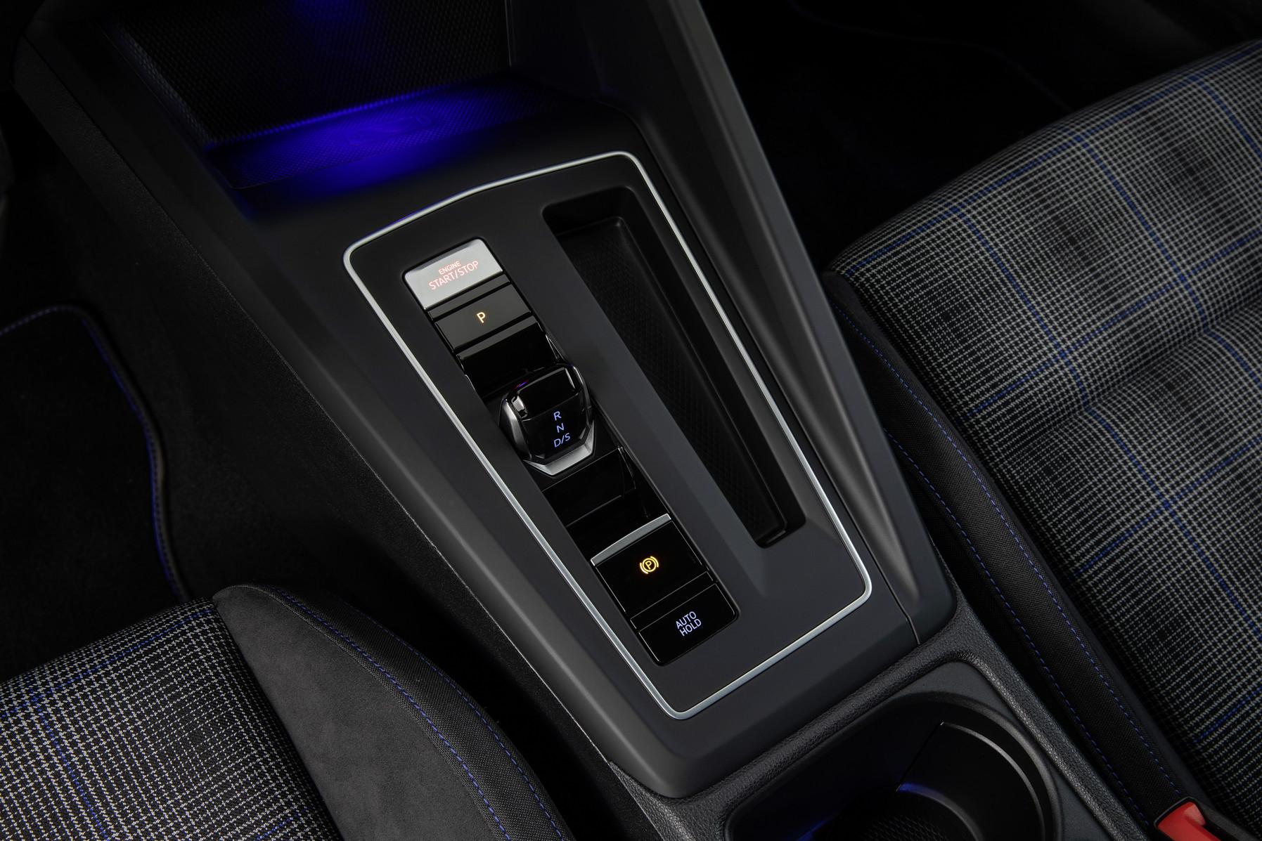 「フォルクスワーゲンが新型Golf GTI、GTE、GTDの3台を発表【新車】」の11枚目の画像