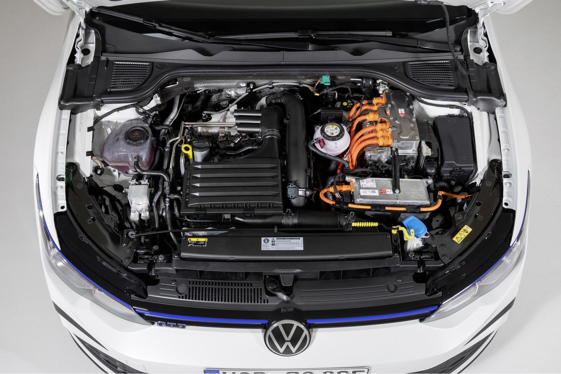 「フォルクスワーゲンが新型Golf GTI、GTE、GTDの3台を発表【新車】」の12枚目の画像