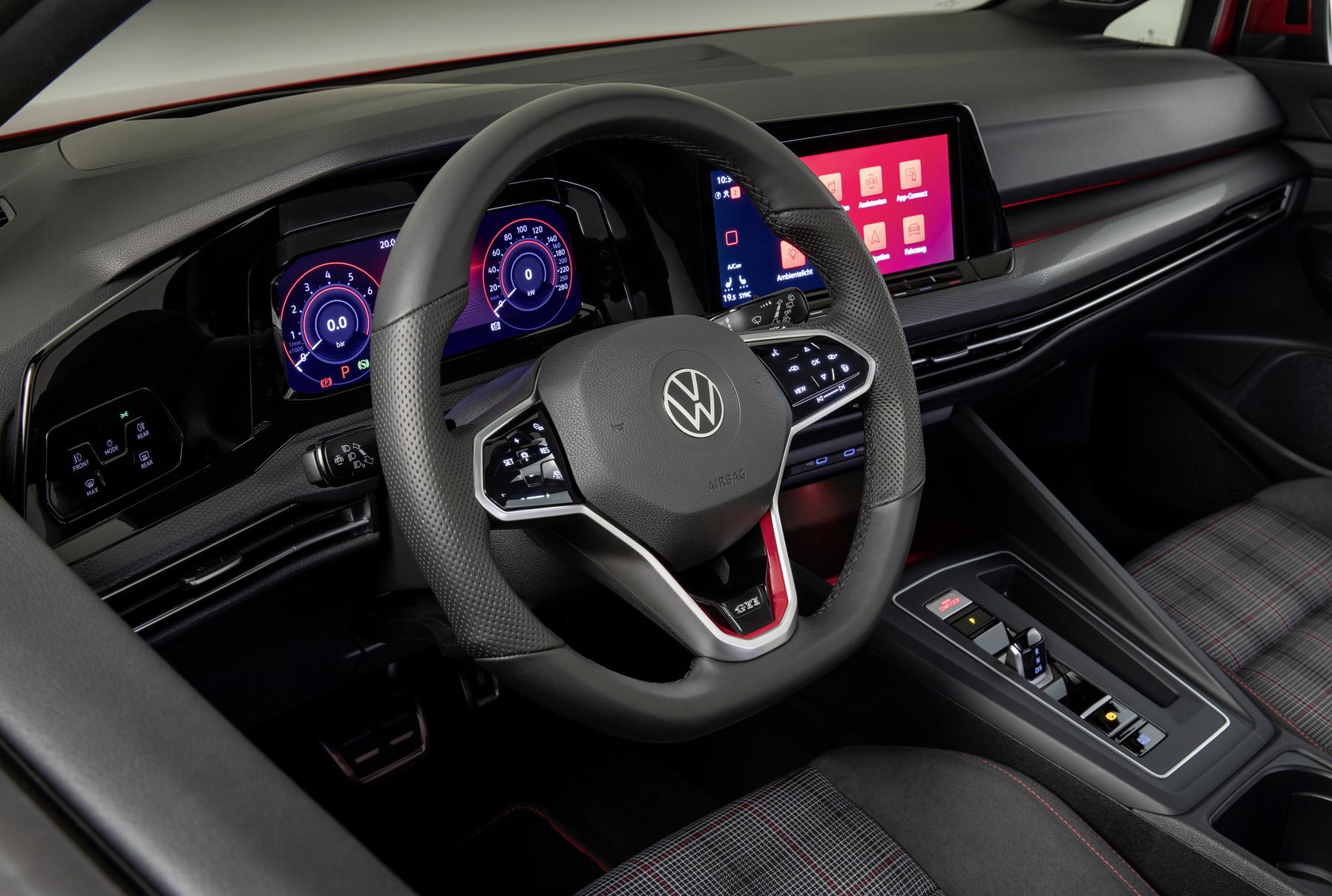 「フォルクスワーゲンが新型Golf GTI、GTE、GTDの3台を発表【新車】」の15枚目の画像