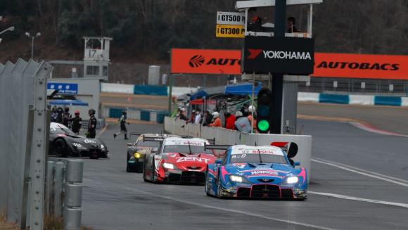 岡山国際サーキットのSUPER GT公式テスト