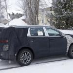 ヒュンダイの主力SUV「サンタフェ」改良型は、ボルボ風T字型LEDデイライトを装備? - Hyundai Santa Fe facelift 7