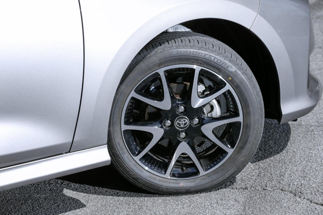 「ヤリスvsフィット、ガソリンvsハイブリッド…自動車評論家が選ぶベストバイはどれだ!?」の26枚目の画像
