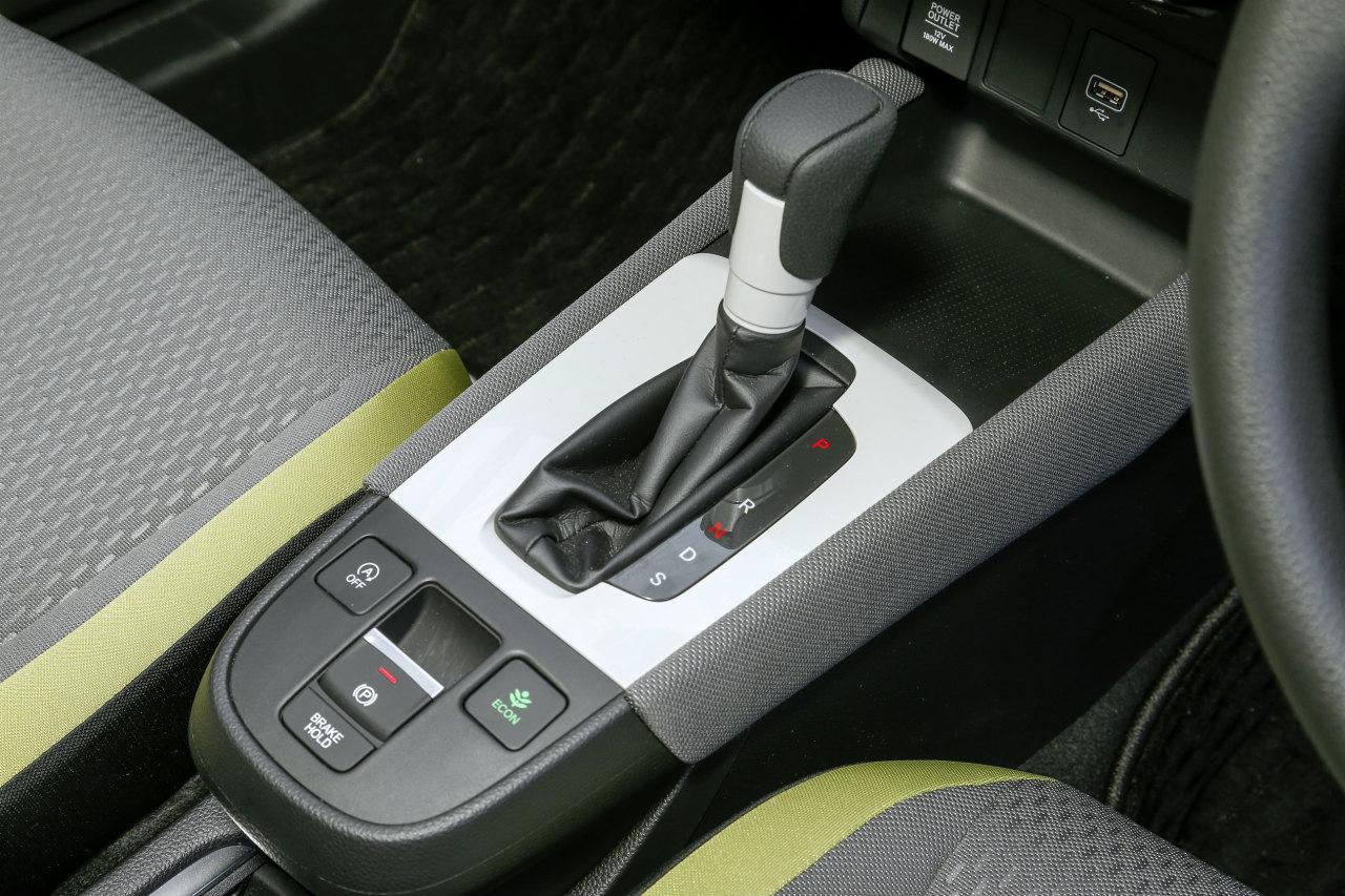 「ヤリスvsフィット、ガソリンvsハイブリッド…自動車評論家が選ぶベストバイはどれだ!?」の52枚目の画像