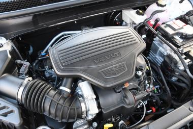 XT5 エンジン