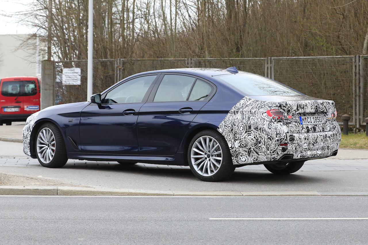 BMW 5シリーズ_005