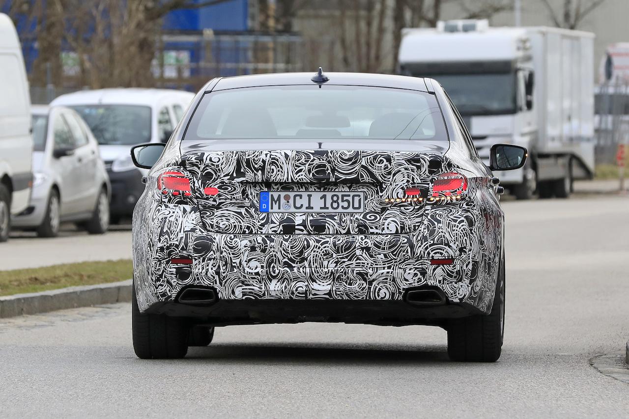 BMW 5シリーズ_007