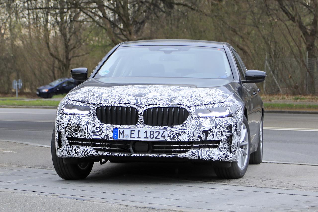 BMW 5シリーズ_008
