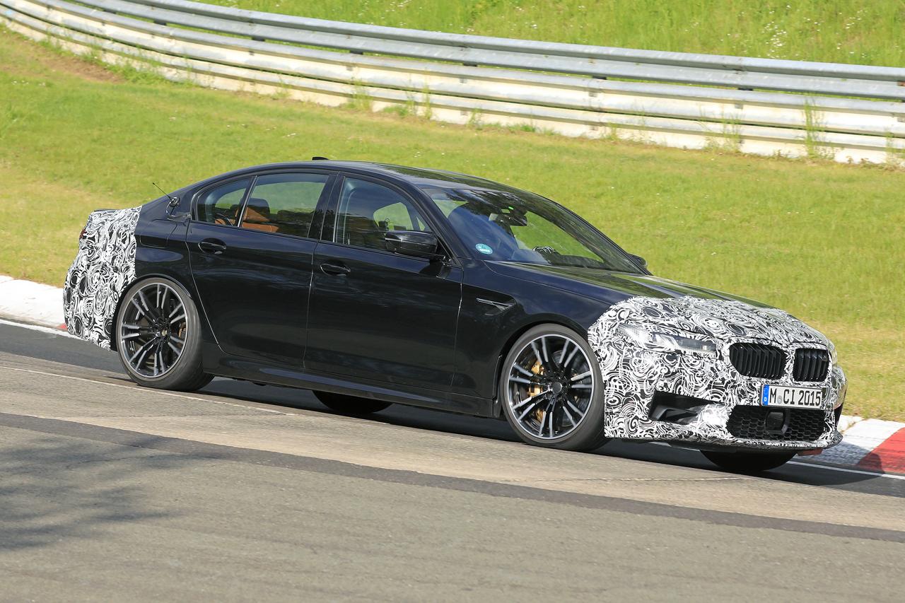 「BMW M5セダン改良型の最終デザインが鮮明に。ニュルで高速テスト」の4枚目の画像