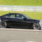 「BMW M5セダン改良型の最終デザインが鮮明に。ニュルで高速テスト」の8枚目の画像ギャラリーへのリンク