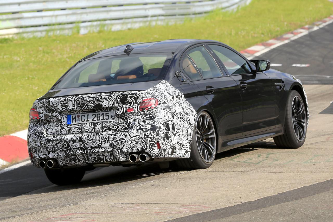「BMW M5セダン改良型の最終デザインが鮮明に。ニュルで高速テスト」の7枚目の画像