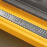 100台限定車「ルノー トゥインゴ ブリヤント」はデジタルミラーを特別装備したお買い得モデル - RENAULT_TWINGO_20200514_10