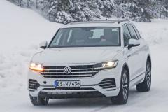 VW トゥアレグ GTE_001