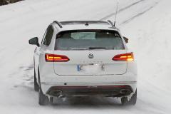 VW トゥアレグ GTE_011