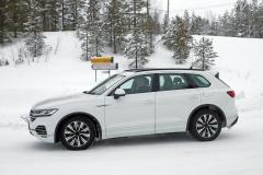 VW トゥアレグ GTE_006