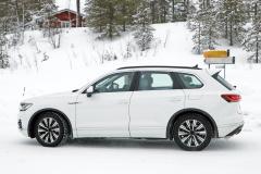 VW トゥアレグ GTE_007