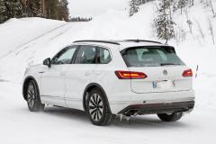 VW トゥアレグ GTE_009
